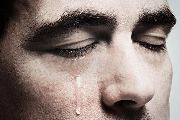 слезы во сне мужчина