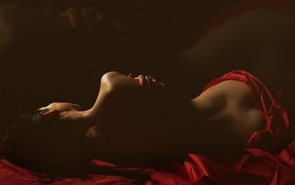 голая во сне