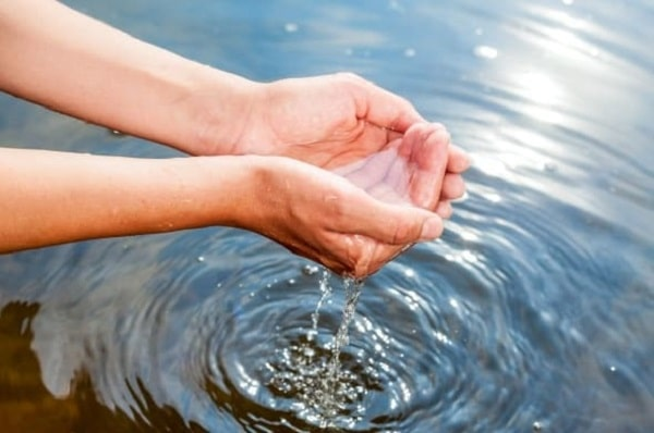 приснилась вода сонник